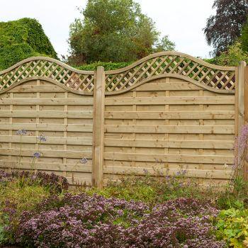 Hartwood 6' x 6' Horizontal Weave Fence Panel With Wavy Trellis