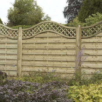 Hartwood 5' x 6' Horizontal Weave Fence Panel With Wavy Trellis