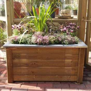 Hartwood Medium Thames Planter