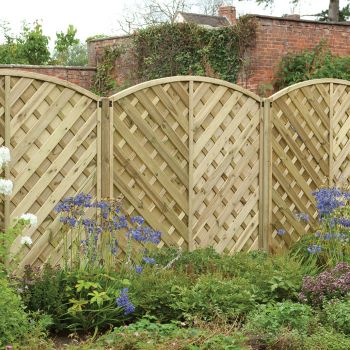 Hartwood 6' x 6' Chevron Weave Curved Fence Panel